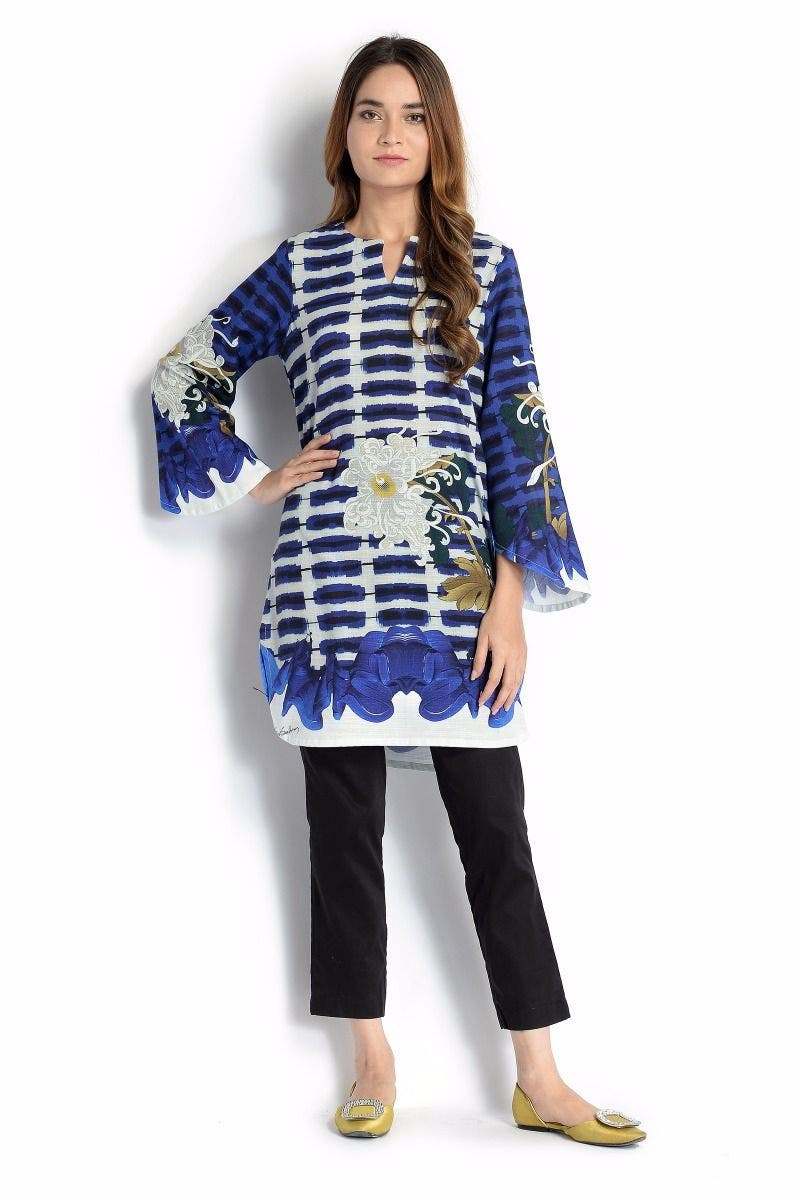 CLASH Sana Safinaz Chic Ready to Wear Winter Dresses